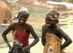 Житель Нигерии встретил свой 86-й год в кругу 86 жен и 138 детей