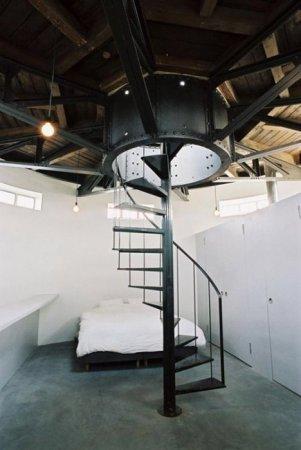 Дом в водонапорной башне