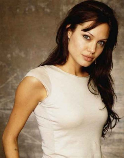 Анджелина Джоли снова беременна