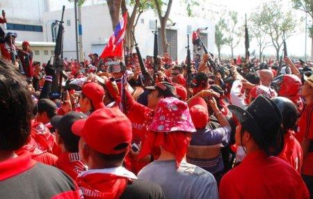Беспорядки в Тайланде