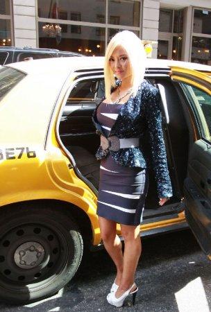 Тила Текила теперь блондинка