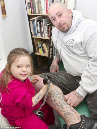 Ruby Dickinson - самый юный мастер тату