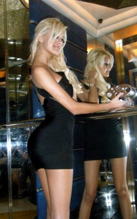 Суровые будни французских проституток