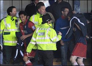 Волна насилия в Англии набирает обороты !!