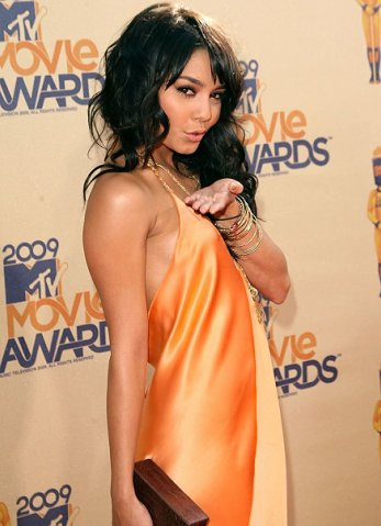 Vanessa Hudgens (Teen Choice'09 & Mtv Movie Awards'09)