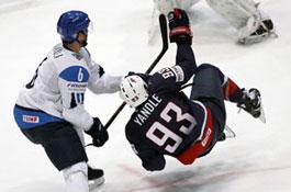 Хоккей. Чемпионат мира: финны отправили американцев бороться за выживание
