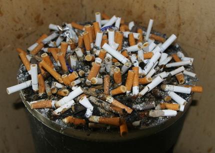 В Китае нашли применение сигаретным окуркам