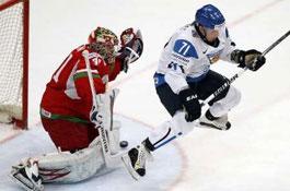 Хоккей: Беларусь проиграла Финляндии на старте второго этапа чемпионата мира