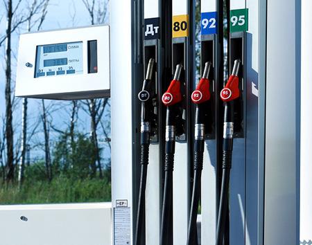 Бензин в Беларуси стал самым дорогим в СНГ