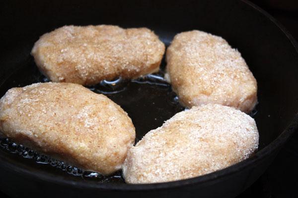 Жареные куриные котлеты с фото пошагово