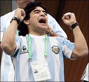 Диего Марадона : Если сборная Аргентины по футболу выйграет предстоящий мундиаль.. Я ПРОБЕГУСЬ ГОЛЫМ по Буэнос Айресу !