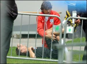 Стивен Джеррард получил травму, Даррен Бент вернулся к тренировкам