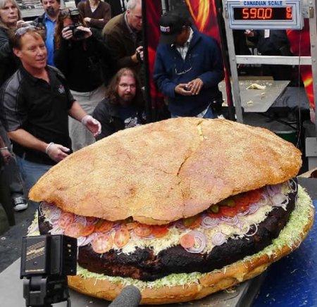 Самый большой гамбургер в мире