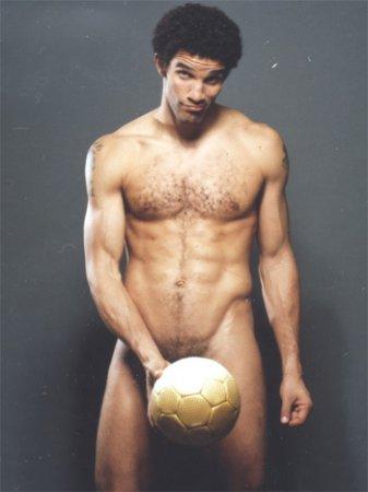 Самые сексуальные футболисты мира + опрос для девочек
