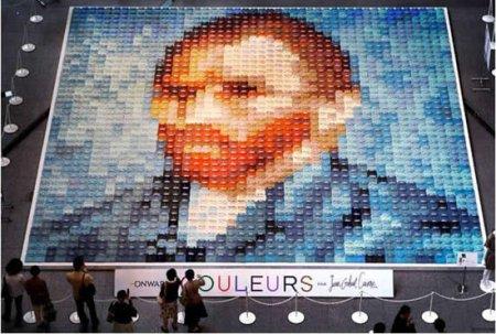 Портрет Ван Гога из рубашек поло