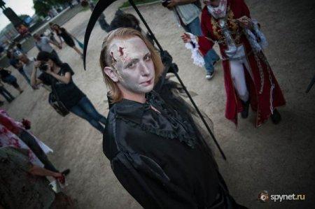 Страшно красиво: Зомби-парад 2010 в Москве