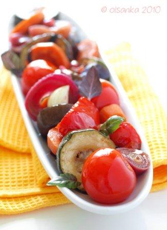 Овощи, маринованные в бальзамическом уксусе