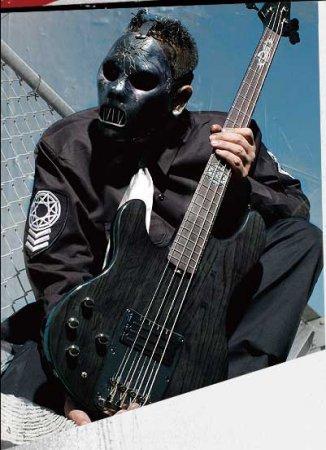 Басист Slipknot - Paul Gray найден мёртвым