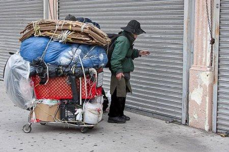 Бездомные в центре Лос-Анджелеса