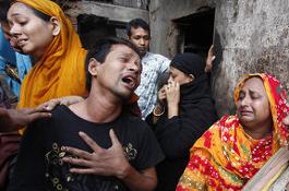 Бангладеш: десятки людей сгорели заживо