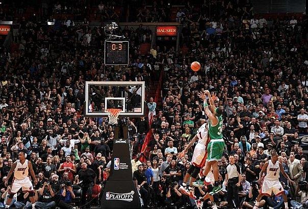 Paul Pierce makes 21-foot jumper to beat Miami Heat