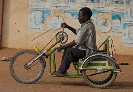 Два колеса, рама и сиденье