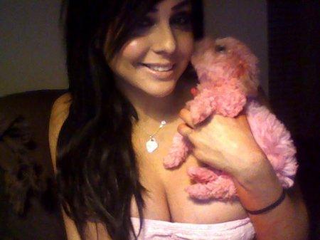 Новая самая красивая девушка с Facebook