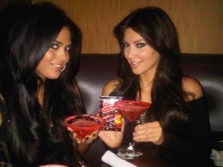 Kim Kardashian - фото из Twitter