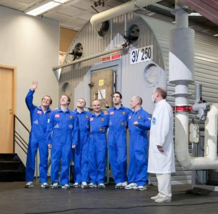 «Марс-500»: экспедиция стартовала