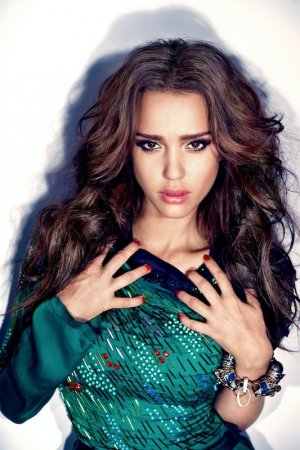 Jessica Alba's Hot And Scary Sexiness