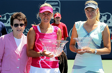 Азаренко обошла Шарапову в рейтинге WTA