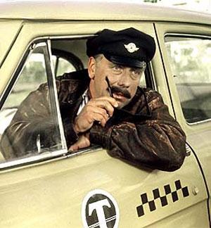 Таксист насмерть сбил дорожного рабочего в Минске