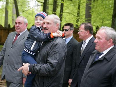 Лукашенко доверяет большинство белорусов