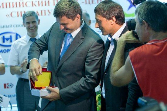 Вадиму Девятовскому и Ивану Тихону вернули олимпийские медали Пекина
