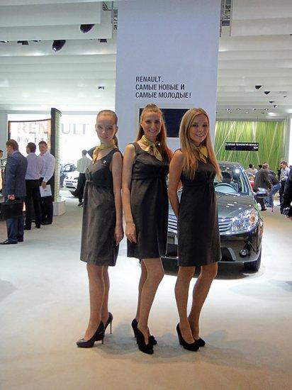 Девушки Московского международного автосалона