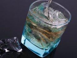 Британец наладил производство виски из мочи