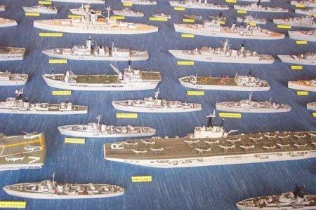 Огромная коллекция моделей кораблей