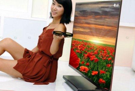 LG LEX8 - телевизор толщиной 9 миллиметров с технологией технологии NANO Lighting