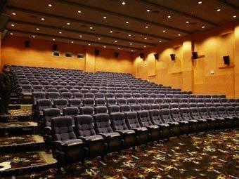 Китаянка подала на кинотеатр в суд за 20 минут рекламы и трейлеров