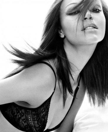 Девушка дня - Zoe Saldana