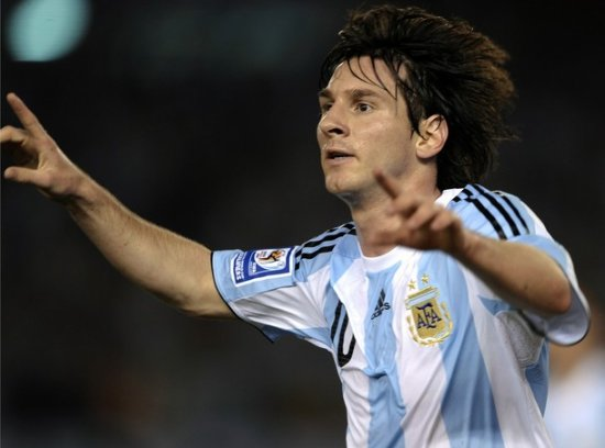 Футбол. Товарищеские матчи. Аргентина разгромила Испанию