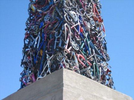 Памятник велосипеду!