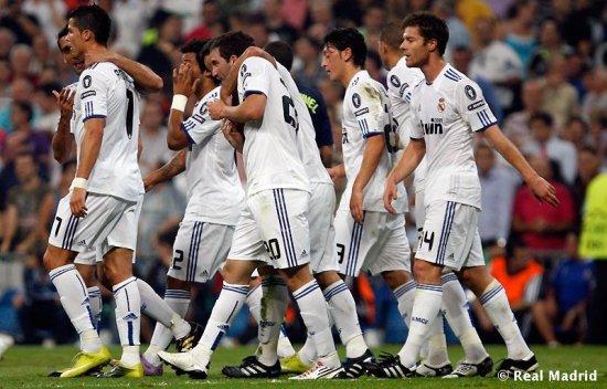 Лига Чемпионов.  «Реал» победил «Аякс», «Бавария» обыграла «Рому» и другие матчи
