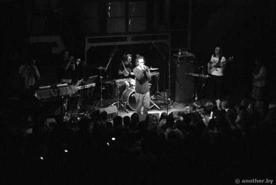 Фото с концерта Ассаи Music Band в Минске 10.09.2010. (photo by navstyachka)