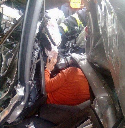 Водитель легковушки остался жив!