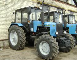"""Трактор """"Беларус"""" угнали прямо с конвейера"""