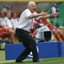 Бернд Штанге: Энтузиазм и самоотдача белорусских футболистов заслужили большего числа зрителей