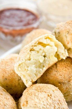 Картофельные крокеты с 2 соусами