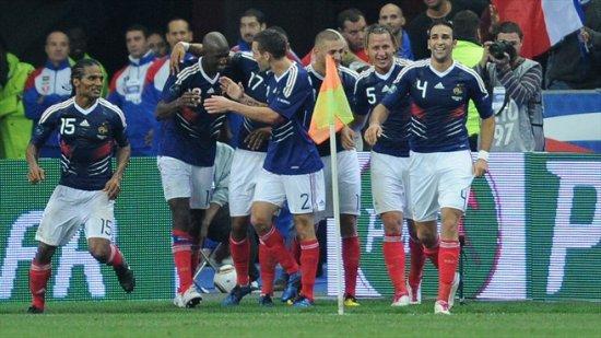 Евро-2012 : Франция дома обыграла Румынию