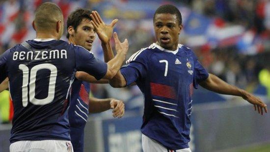 Евро-2012 - Франция дома обыграла Румынию